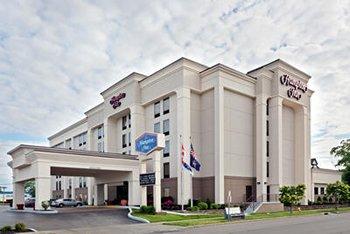 hampton inn niagara falls hotel