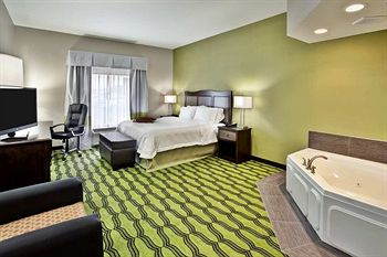 hampton inn niagara boulevard spa