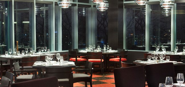 21 club restaurant with niagara falls view