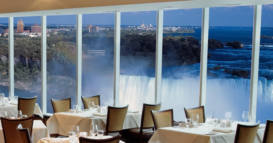 Marriott Restaurant With Niagara Falls View