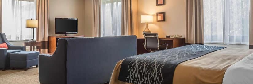 comfrot inn niagara falls hotel room
