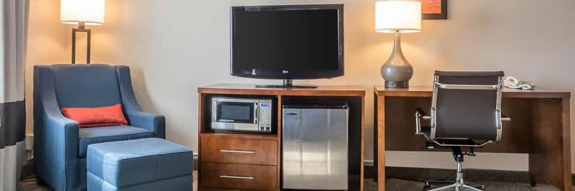 comfrot inn niagara falls hotel suite
