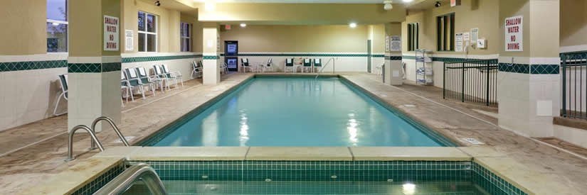 country inn and suites hotel niagara falls pool