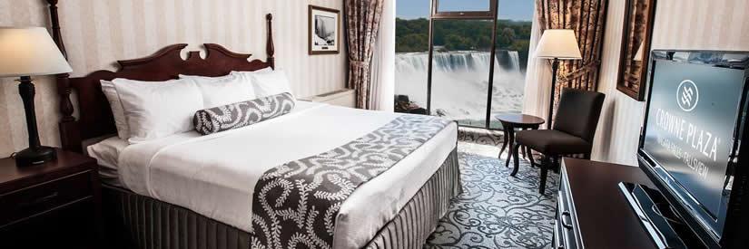 crowne plaza hotel niagara falls suite