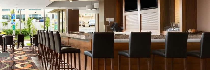 Travelodge Fallsview Hotel 5599 River Road Niagara Falls On