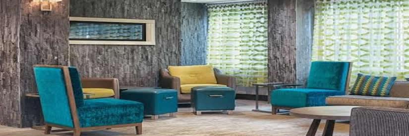 holiday inn niagara falls hotel lobby